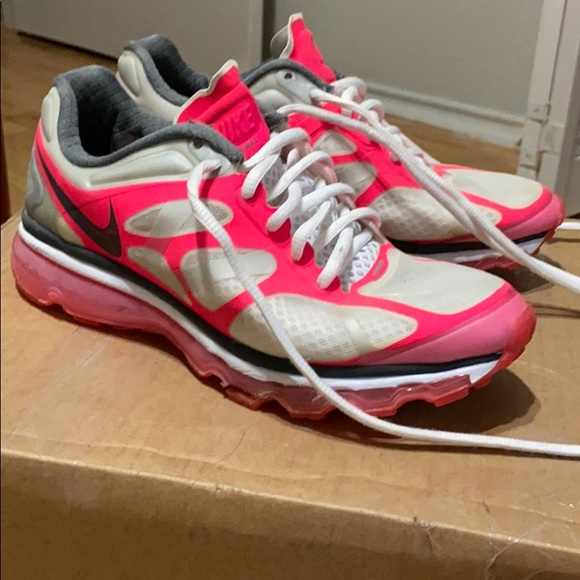 Nike Air Max hot pink and white shoes